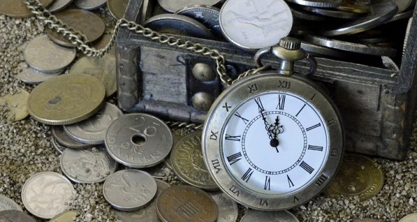 pocket-watch-1637393_1920 780